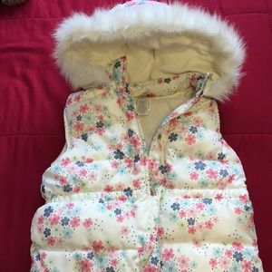 Daisy Sleeveless coat